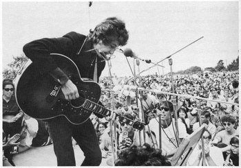bob-dylan-NEWPORT_1965_workshop_stage_12[1].jpg